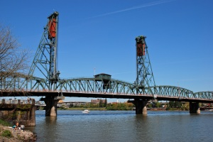 Hawthorne Bridge in Portland Oregon